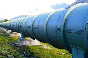 locate any abnormal shocks occurring on your pipelines by using sensors and IA